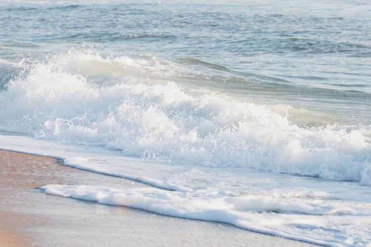 gallery beach wave