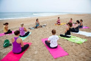 beach-yoga-classes