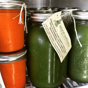 island wellness market raw juices