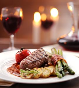 romantic dinner steak and asparagus